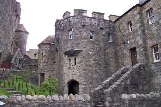 LLI Travel Scotland Castle