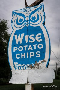 Photo of an old Wise Potato Chips Sign